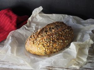 bread with flaxseeds